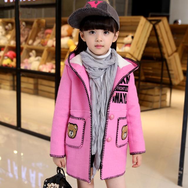 韩版时尚撞色字母可爱小熊刺绣女童连衣帽外套